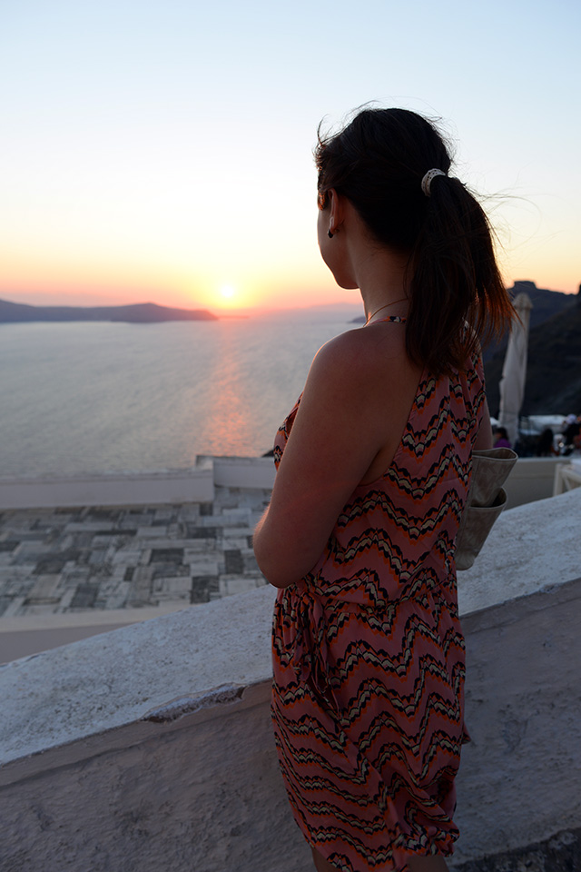 Shop and Twirl | Snapshots from Santorini 3