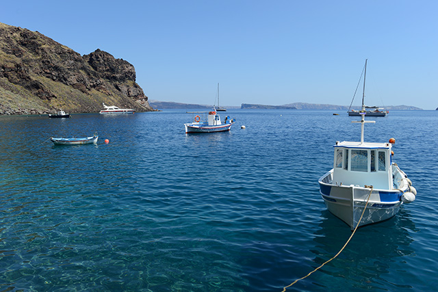 Shop and Twirl | Snapshots from Santorini 14