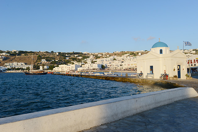 Shop and Twirl | Moments from Mykonos 1