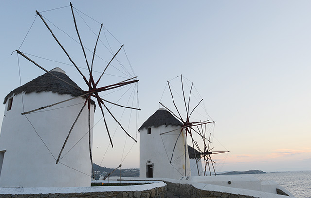 Shop and Twirl | Moments from Mykonos 5