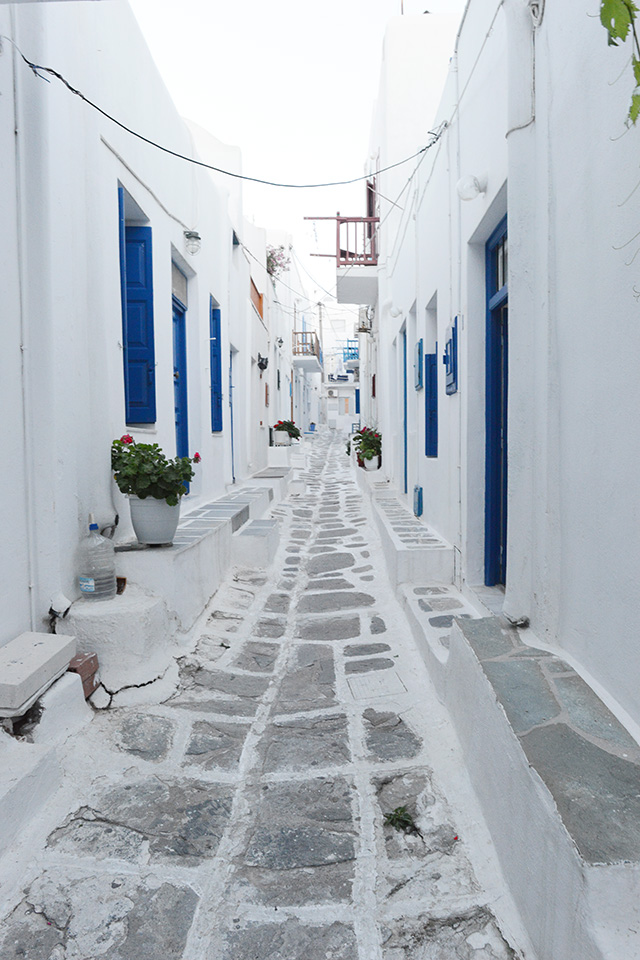Shop and Twirl | Moments from Mykonos 8