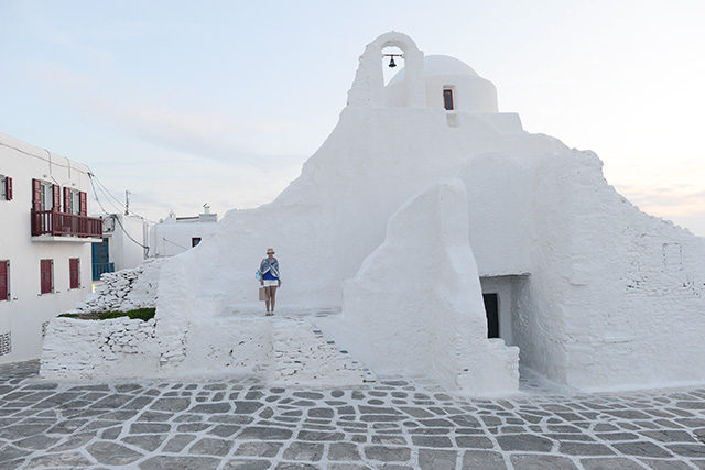 Shop and Twirl | Moments from Mykonos 18