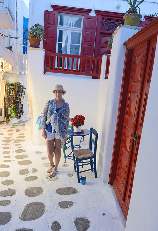 Shop and Twirl | Moments from Mykonos 19